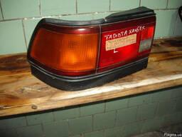 Фонарь задний правый Toyota Carina 2 (1989-1991) хетчбек
