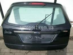 Ford Focus mk1 1998 -2004 год Ляда Крышка багажника Стекло
