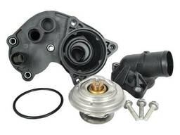 Форд Мустанг 2008 . 4.0 - Корпус термостата .