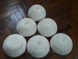 Форма корзинка для расстойки хлеба , из ротанга на 0, 5 кг круг, с тканью