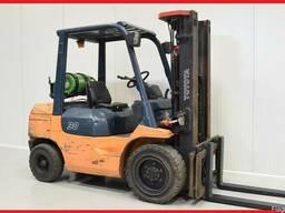 Газовый погрузчик Toyota D-02-7FG30, 3000 kg