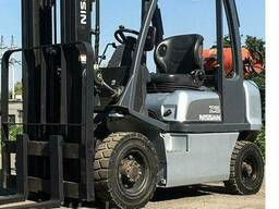 Газовый Вилочный Погрузчик Б/У Nissan UD02A25PQ, 2500 кг. ..