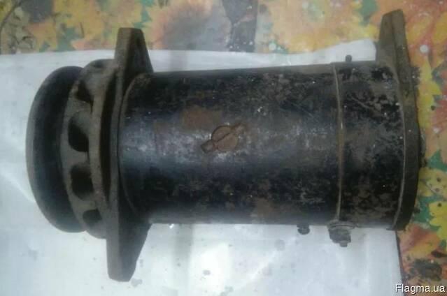 Генератор зарядный Г-106 ЯАЗ-М204