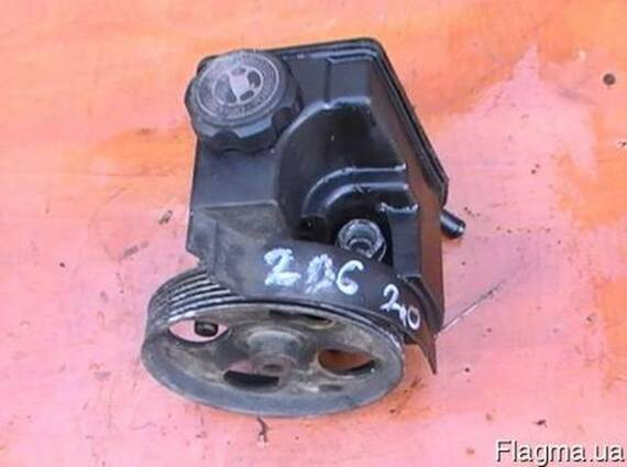 Гидроуселитель руля Peugeot 206 CC 2000-2007 2.0D б\у