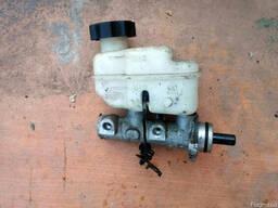 Главный цилиндр сцепления 59120-3E060 на Kia Sorento 06-09 (