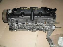 Головка блока цылиндров Peugeot Partner 207 307 Комплектна