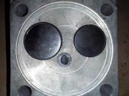 Головка блока Т-40 с клапанами Д-37-1003008-Б5