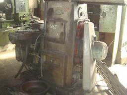 Горизонтально-фрезерный консольный станок6Р82