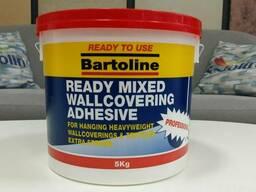 Готовый к употреблению обойный клей компании Бартолайн