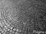 Гранитная брусчатка колотая чёрная Габбро 10*10*5 и 5*5*5 см - фото 5
