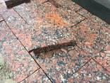 Гранитная брусчатка полнопиленная, тротуарная плитка - фото 3