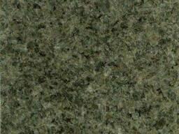 Гранитная плита green silk полировка 3 см серо-зеленый