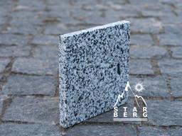 Покостовское пиленная термообработанная гранитная плитка 300*300*30