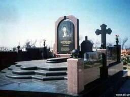 Гранитные ритуальные комплексы Укра