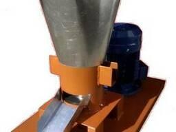 Гранулятор комбикорма бытовой с плоской матрицей 150мм 4,0кв
