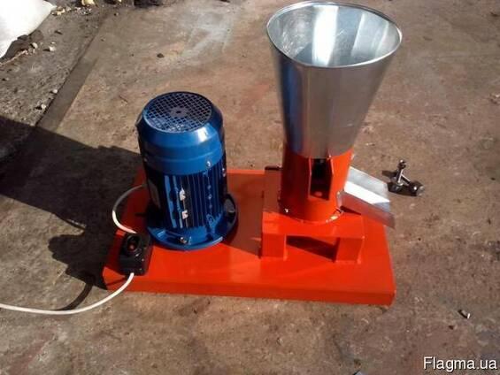 Гранулятор пеллет бытовой с плоской матрицей 150мм 4,0квт 38