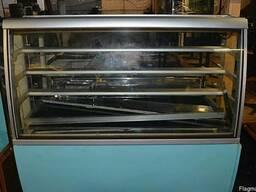 Холодильная витрина бу. Кондитерская витрина бу.