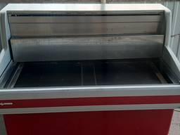 Холодильная витрина cryspi