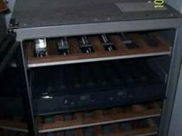 Холодильник винный барный, встраиваемый KWT 4154UG-1 (б/у)