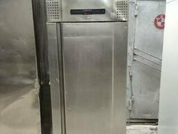 Холодильный шкаф Gram PLUS K 600 RSH 4N б/у