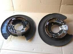 Honda CR-V диск опорный с колодками авторазборка