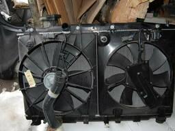 Honda CR-V радиатор воды с диффузорами 2.0л