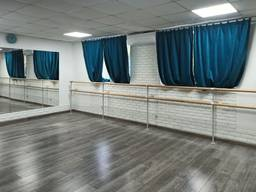 Хореографічний станок підлога стіна