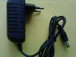 Импульсный адаптер, блок питания, зарядное 9V 1A ATABA