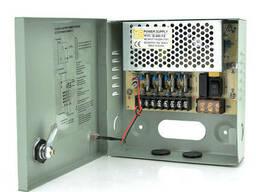 Импульсный блок питания 12V-5A/4CH в боксе с замком перфорированный, 4-х канальный, Q30