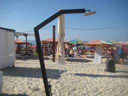 Пляжные души, ногомойки, фонтанчики питьевые