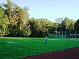 Строительство футбольного поля с искусственным покрытием