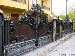 Изготовление и установка кованых изделий: ворота, заборы и др