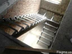 Изготовление каркаса лестницы. Каркас лестницы из металла