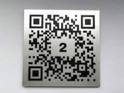Изготовление металлических табличек шильдов с QR- кодом за 1 час