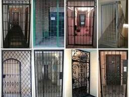 Изготовление решетчатых дверей и перегородок в Киеве.