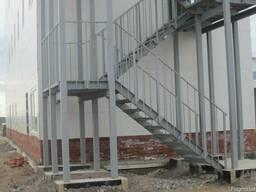 Изготовление внут. и наруж лестниц, технологических площадок