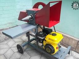 Измельчитель веток REZAK РБ 50, до 50ти мм. Бензиновый двиг.
