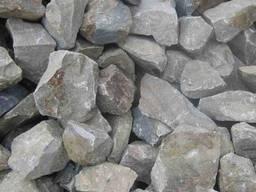 Камень бутовый гранитный серый