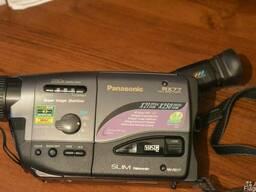 Камера Panasonic RX 77 .