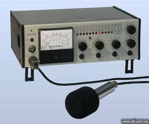 Капсюль микрофонный (микрофон) М-101, калибратор, пистонфон