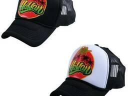 Кепка тракер с лого, нанесение лого на кепках-тракерах