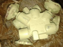 Клапан для манометра штуцерный сальниковый 521-35. 3404