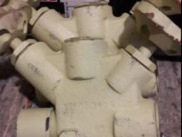 Клапан для манометра штуцерный сальниковый 521-35. 3404-04