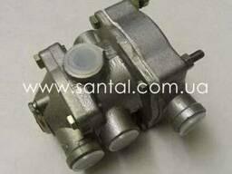 Клапан управления тормозами 100-3522010, запчасти КрАЗ