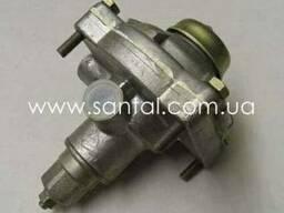 Клапан управления тормозами прицепа100-3522110