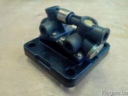 Клапан включения делителя КПП Howo (ZF) 750132008