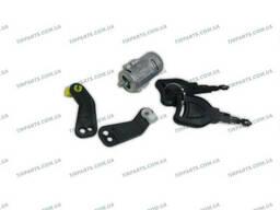 Ключ с сердцевиной дверной ручки Renault (5001834847 |. ..