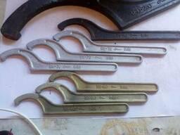 Ключи для круглых гаек в ассортименте