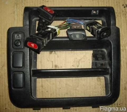 Кнопка Nissan Vanette HC23 1995-2001