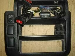 Кнопка Nissan Vanette HC23 1995-2001 - фото 1
